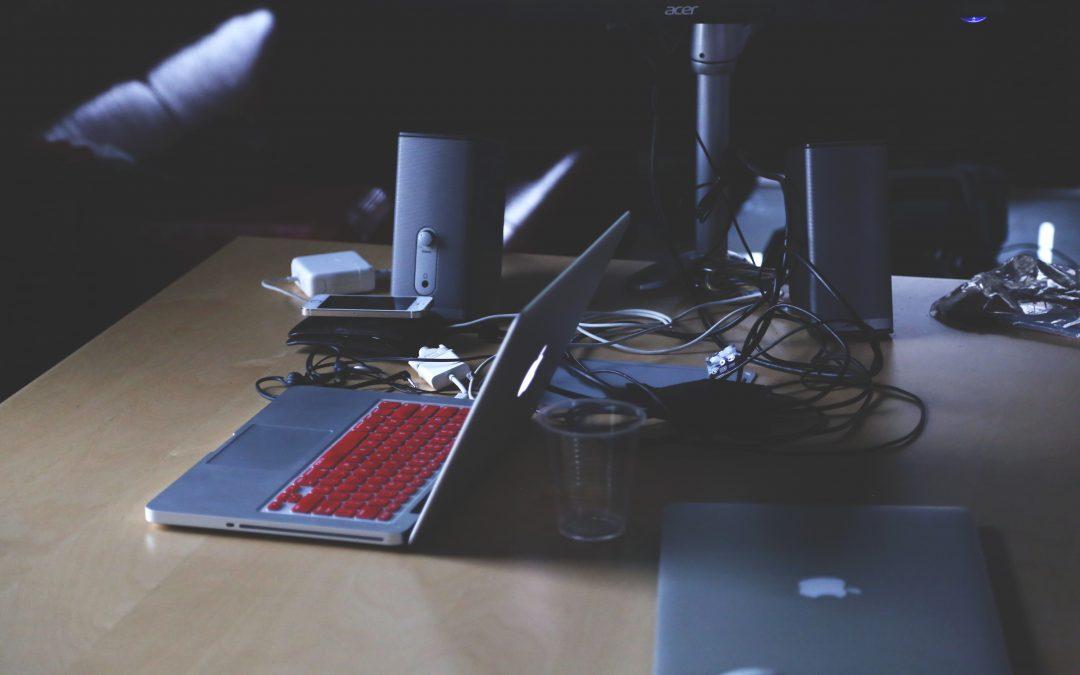 Errores frecuentes en el ámbito laboral con el uso del ordenador